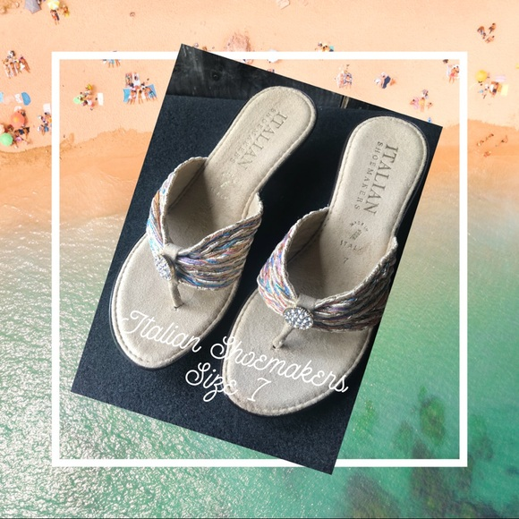 b5dfd8eb570196 Italian Shoemakers multicolor thong sandal new